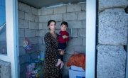 Mother Amal with her youngest son Hevi (3). Photo: Gavin Douglas/Concern Worldwide.