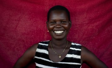 Idil* lives with her three children in a POC in Juba, South Sudan. Today she is cooking Kisro (paper food). Photo: Abbie Trayler-Smith