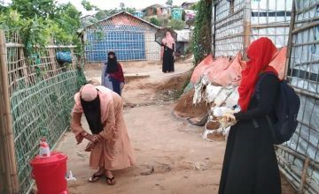 Handwashing and safety materials distribution. Photo: Md. Taslim Anwar /Concern Worldwide