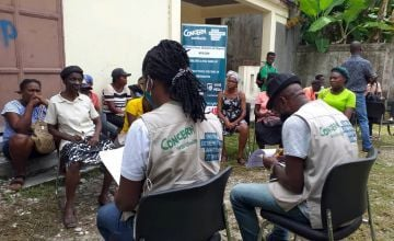 A Concern Worldwide focus group discussion in Camperin in response to the Haiti earthquake. Photo: Concern Worldwide