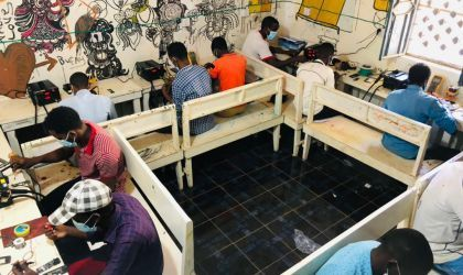 Mobile phone repair students doing a practical activity under Danwadaag programme, March 2021. Photo: Yusuf Mah / Concern Worldwide.