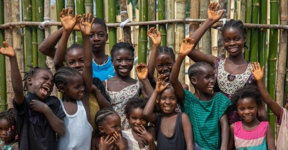 Happy children of Buigba Town.  Since the town well was constructed 3 month prior, the town has fully implemented the WASH programme to great effect.  Photo: Gavin Douglas / Concern Worldwide.