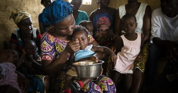 An Extension Nutrition Action training session at Wrobone Mothers' Group, Liberia. Photo: Nora Lorek