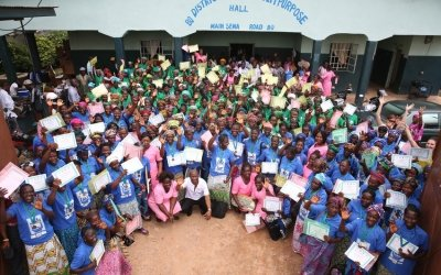 A ceremony to mark the transition of the Essential Newborn Care Corps, which was established in the Bo district of Sierra Leone by Concern Worldwide under the Innovations for Maternal, Newborn, and Child Health initiative. The ENCC will now come under the wing of the health service. Photo: Kieran McConville / Concern Worldwide.