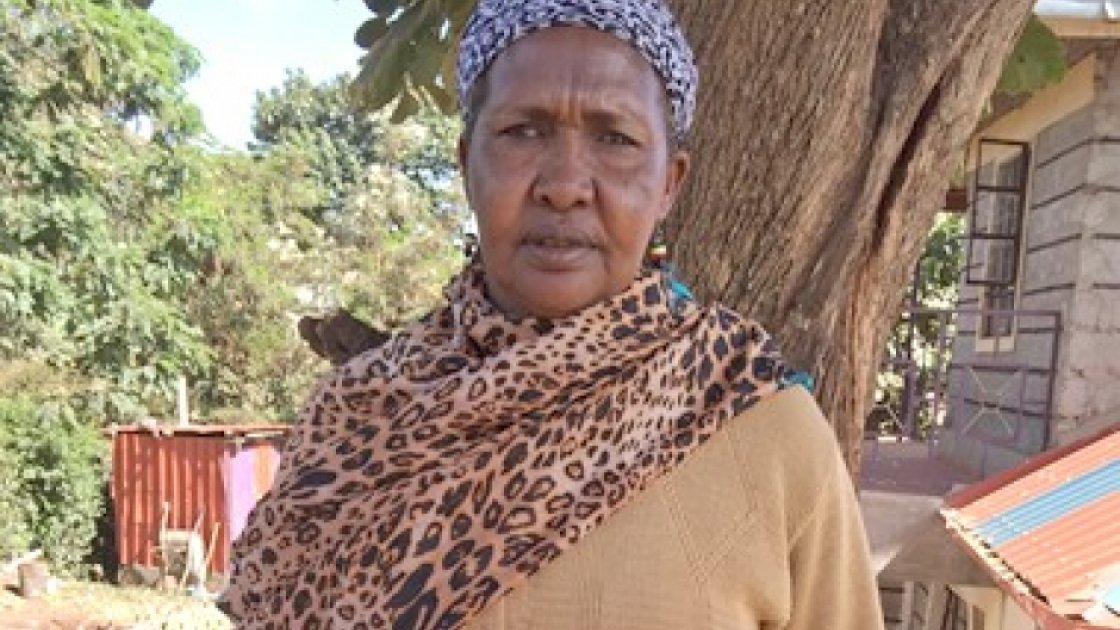 Joyce Defadai is 54 years old; she is a mum of 8 children and has been supporting mums-to-be for 20 years.