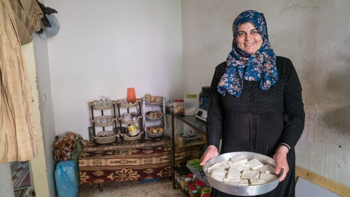 With the support of the Ration Challenge community, Farah has been able to pursue her business.