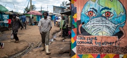 General View of the centre of Kibera slum area in Nairobi inclulding art from Art 360 artist collective. Photo: Ed Ram / Concern Worldwide