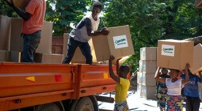 Workers load up trucks with supplies for the areas of the Nsanje Region worst affected by Cyclone Idai.  Photo: Gavin Douglas / Concern Worldwide.