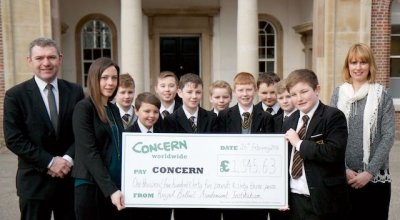 School pupils celebrating raising money for FAST. Photo: Concern Worldwide / 2015