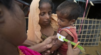 Concern's Abida Suldana carries out screening for malnutrition Moynadhona refugee camp for Rohingya in Cox's Bazar, Bangladesh